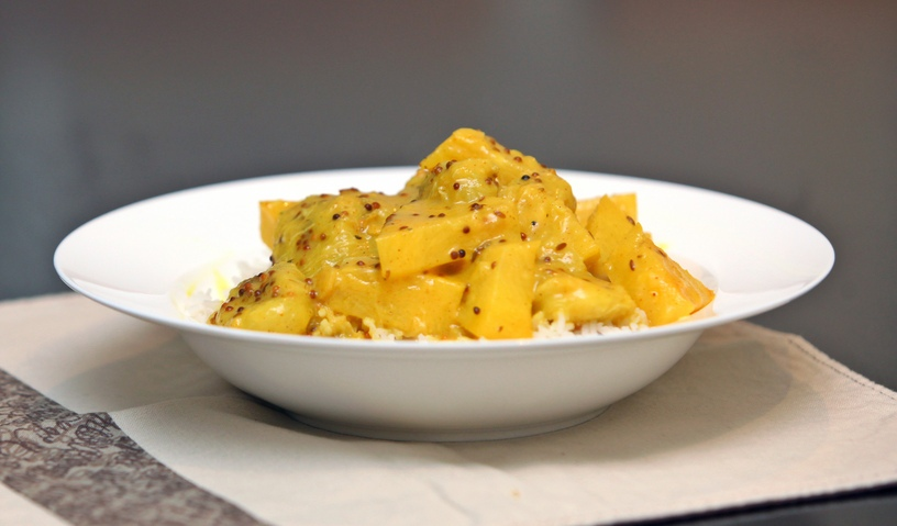 pineapple curry with coconut milk