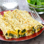 Vegetables caneloni with almond bechamel